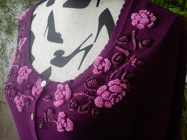 Топик о том, что розочки могут расцвести для мамы Розочки даже на текстиле....