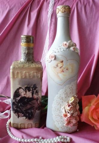Свадебные бутылки + бокалы.