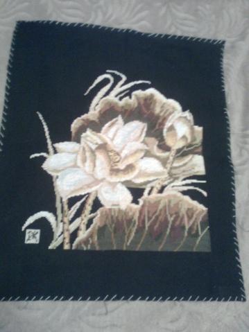 вышивка на черном фоне