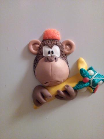 Очередная порция магнитов-обезьян