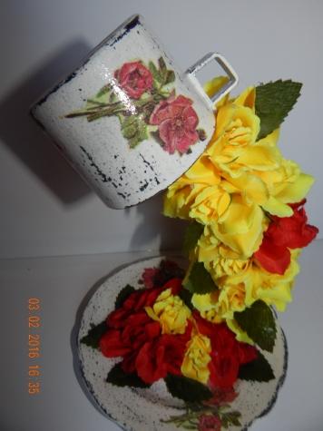 топиарий из цветов и зерен кофе