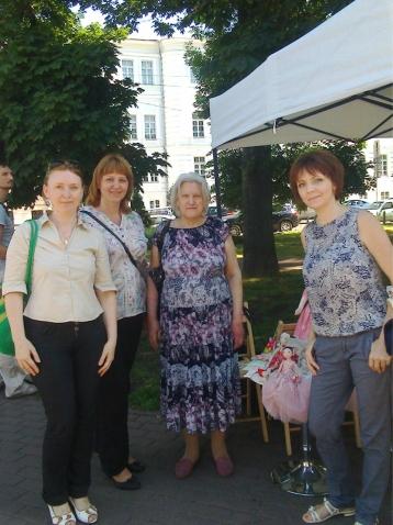 Прогулки по Киеву и рукодельные посиделки