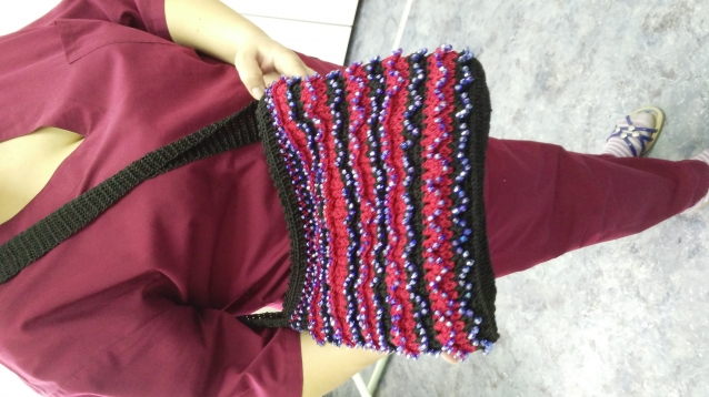 Вязание сумочки крючком с бисером