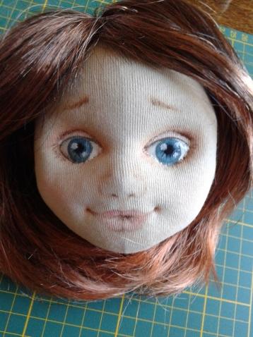 продаю готовую кукольную голову