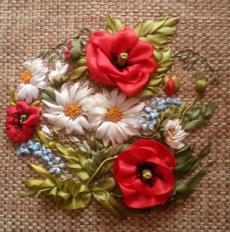 Вышивка лентой. Луговые цветы