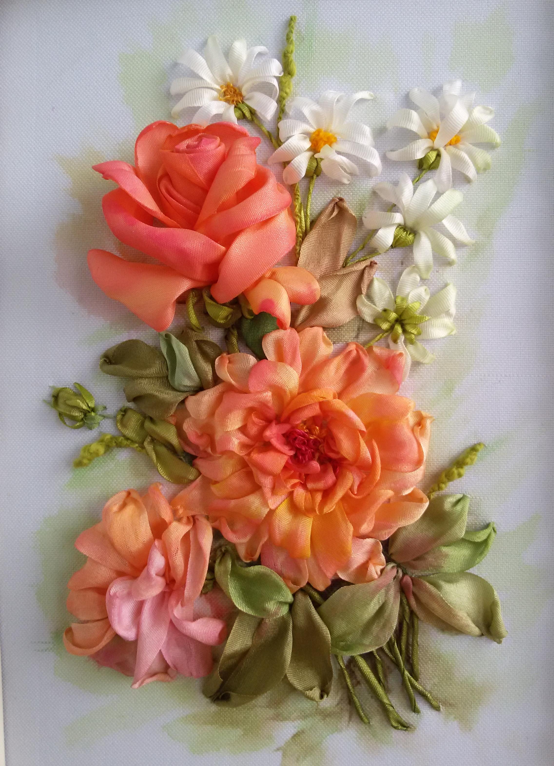 Вышивка лентами цветок шиповника