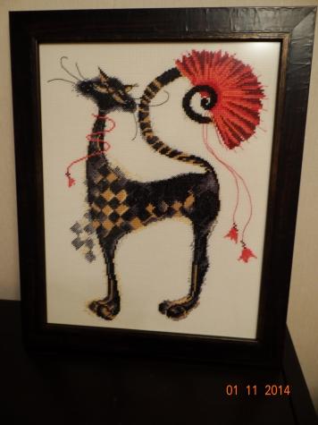 Чёрная кошка. Вышивка крестом