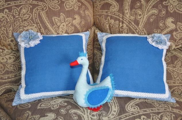 Подушки, гуси и подарок любимой сестре.......!!!!