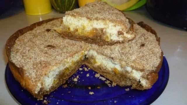 >     А к чаю испекла     нежный, вкусный пирог     с творогом и цедрой     апельсина и     мандарина.