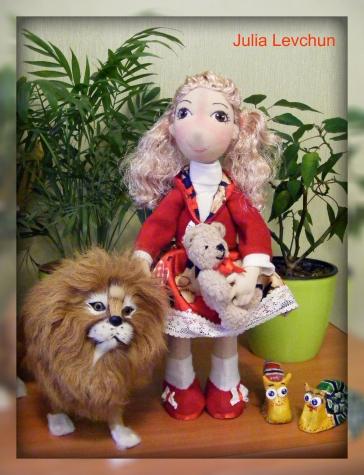 И вновь куколка для маленькой девочки))