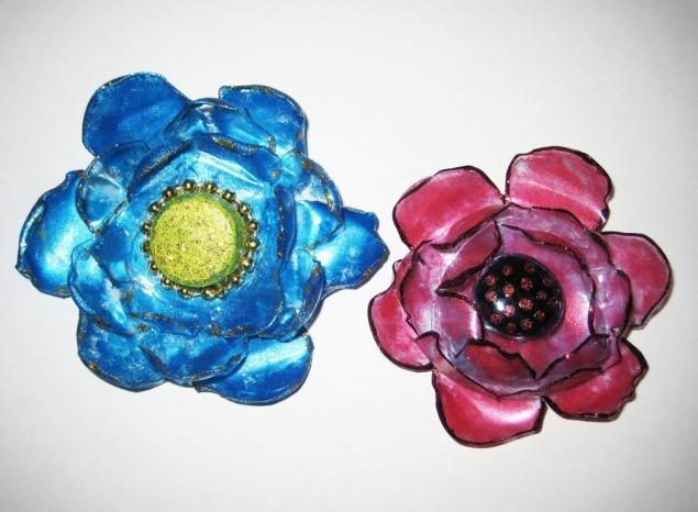 Цветы из пластиковых бутылок (2). Мастер-класс