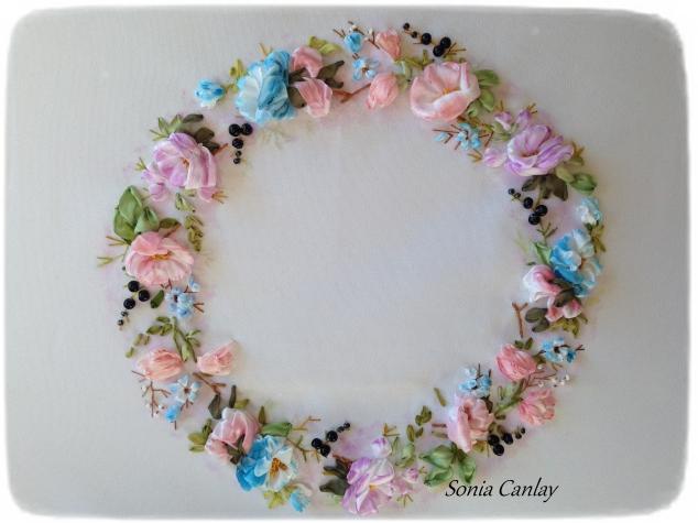 """Веночек """"фарфоровые розы"""""""
