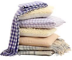 Набиваем подушку для нашей бабушкиквадратной наволочки