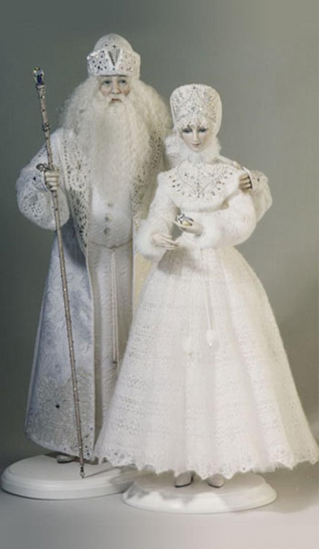 Как сделать деда мороза из куклы своими