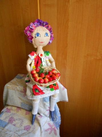 Дачная куколка