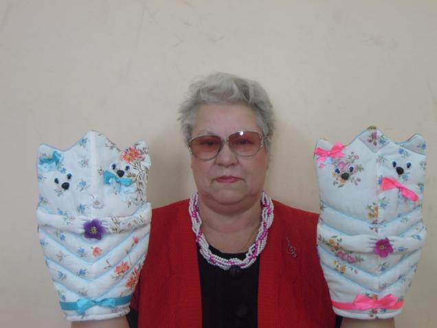 влюбленные котики  Юрьевой Галины Сергеевны и вазочка в пуговичках