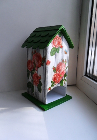 """Чайный домик  """"Розовый куст""""  из  бумаги"""