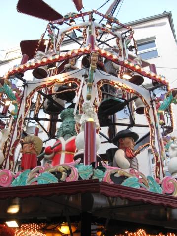 Прогулка по рождественской ярмарке Дюссельдорфа.