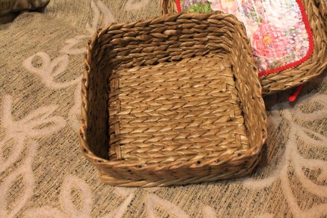 Газетные трубочки. МК по плетению квадратного дна. Часть 1.