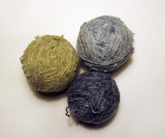 Кролики амигуруми из старого свитера