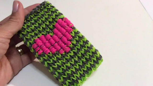 ЧЕХОЛ для телефона iphone, ipod, smartphone из резиночек Rainbow Loom