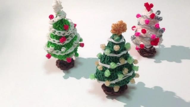 Как сделать новогоднюю елку из резинок