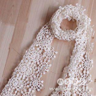 Нежный шарф крючком
