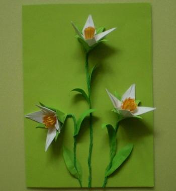Открытка с первоцветами из интернета