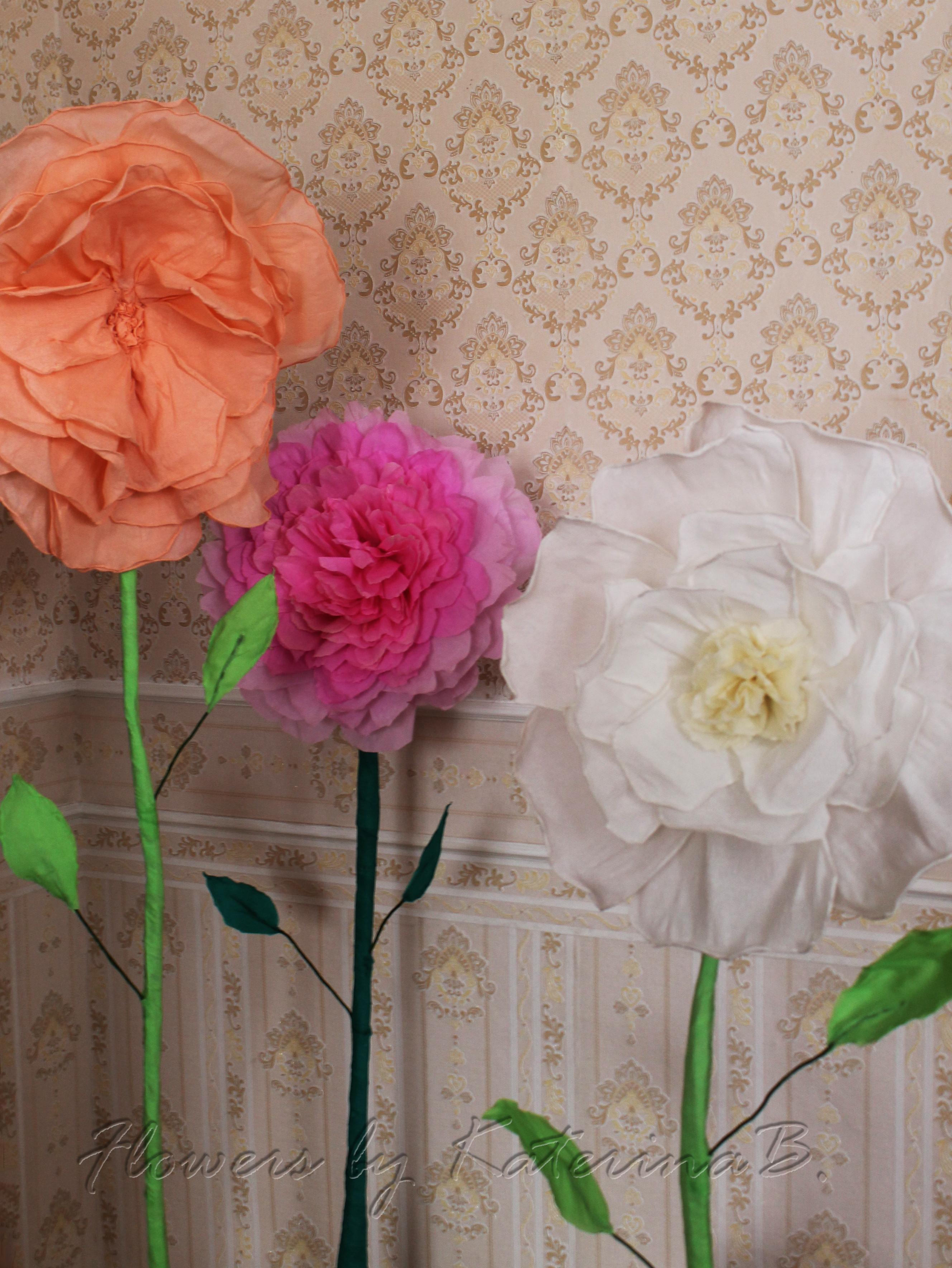 Идеи цветов из гофрированной бумаги своими руками