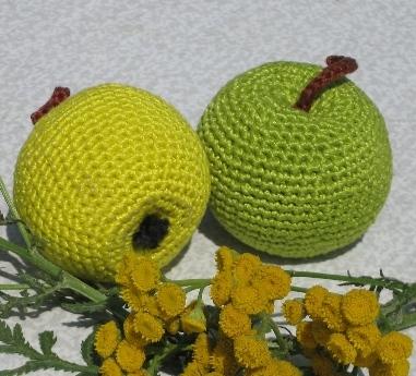 Вяжем яблоки:
