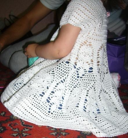 Платье  и шляпка  для 2-х летней дочки моей племянницы