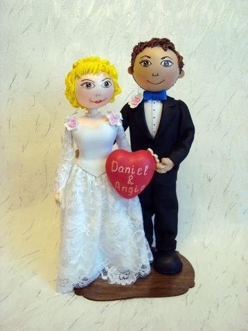 Свадебная пара. Куклы из фоамирана.