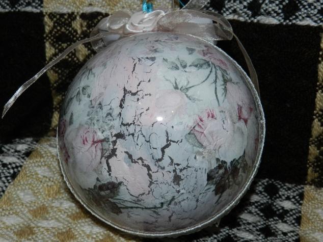 Декор новогодних шаров МК
