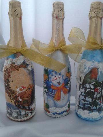 А это мои новогодние бутылки с шампанским