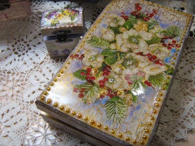"""Шкатулка Новогодняя, ваза из серии """"Старые письма"""""""
