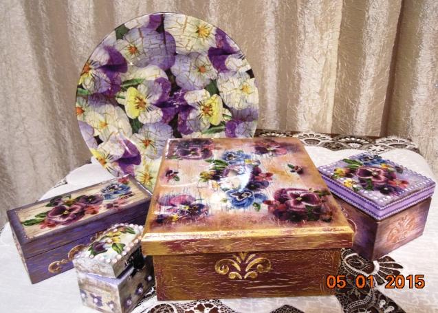Шкатулки. Подарок для внучки Анюты