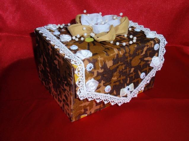 Шкатулки из картона и ткани