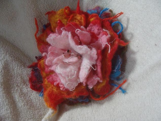 Цельноваляный цветок
