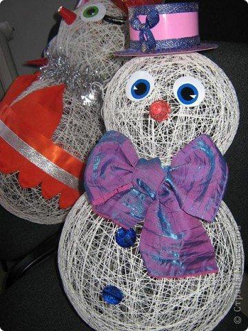 Поделка на новый год своими руками снеговик из ниток