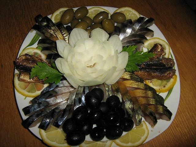 Красивая нарезка рыбы на стол фото в домашних условиях