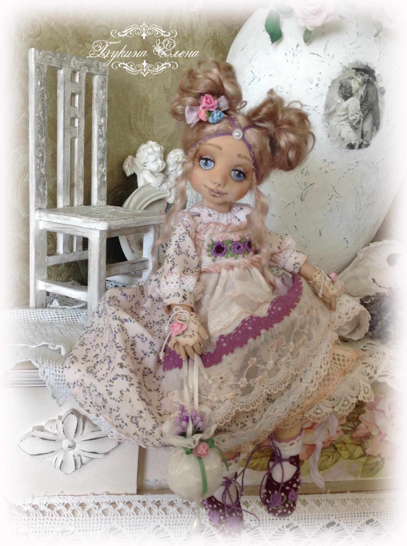 Вышивка текстильных кукол