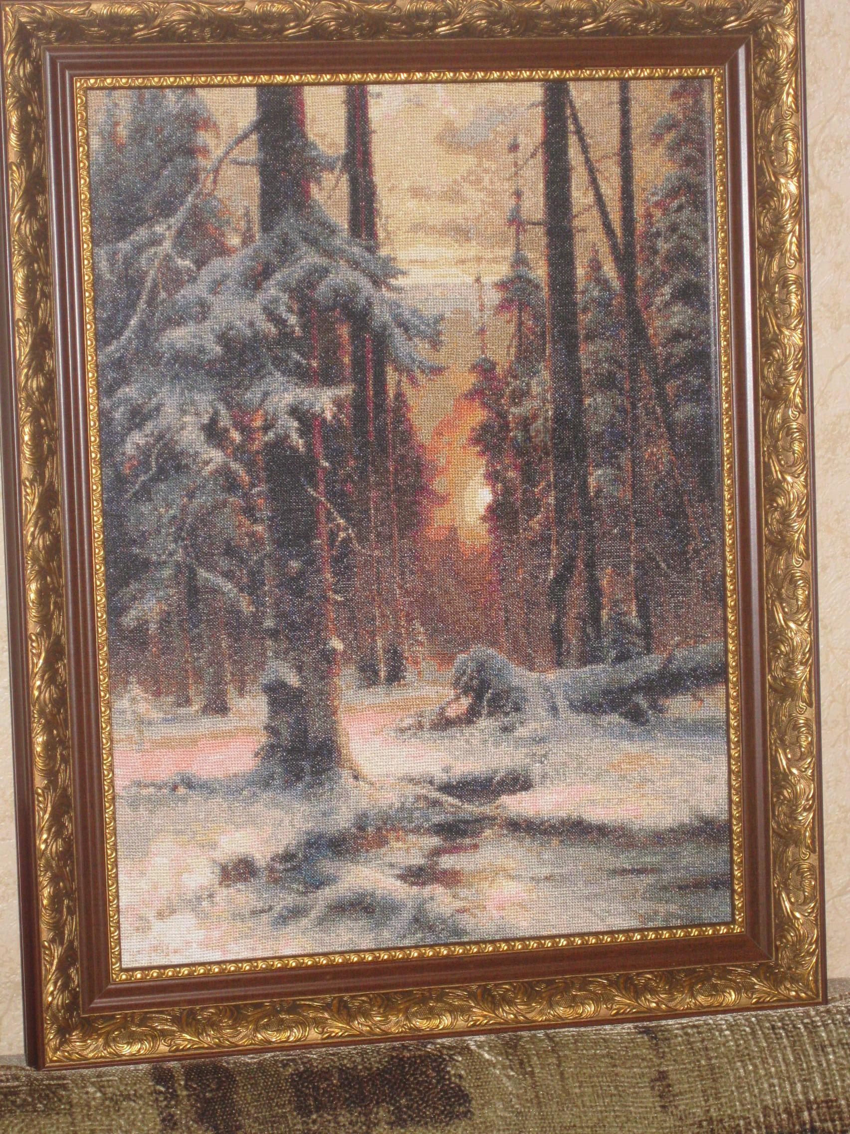 Вышивка крестом закат в еловом лесу