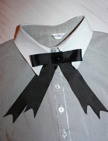 Модный бант, который очень круто выглядит с рубашкой)