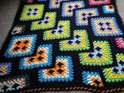 Пледы связанные крючком из бабушкиных квадратов