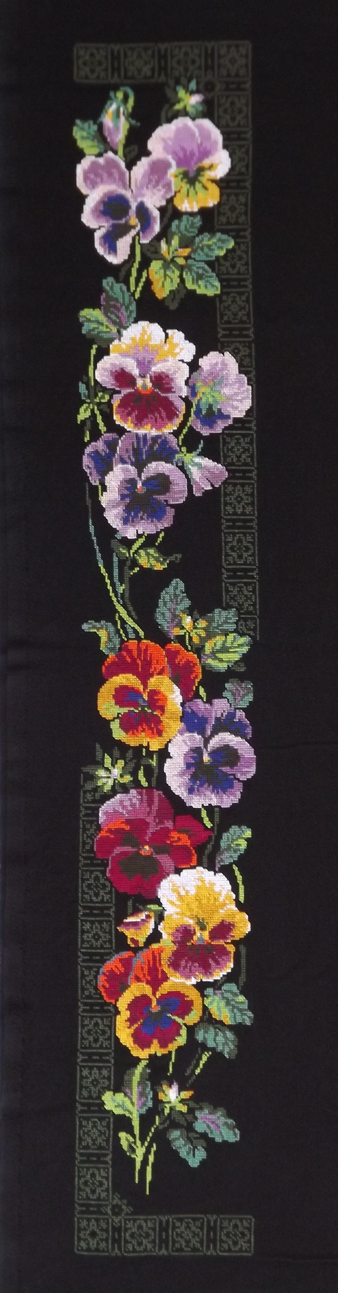 Вышивание / Схемы на ткани и канве / Схемы на ткани