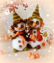 Снеговик и его подружка