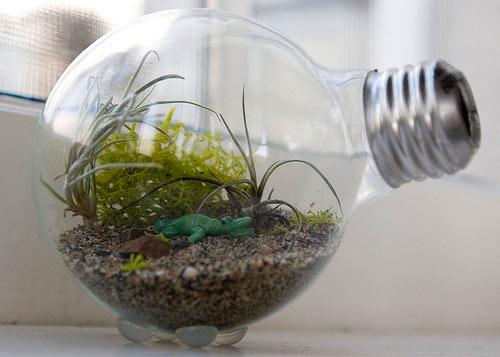 Что можно сделать из лампы своими руками