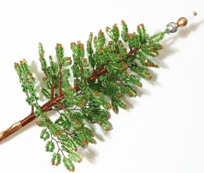 Сделать елку своими руками из бисера