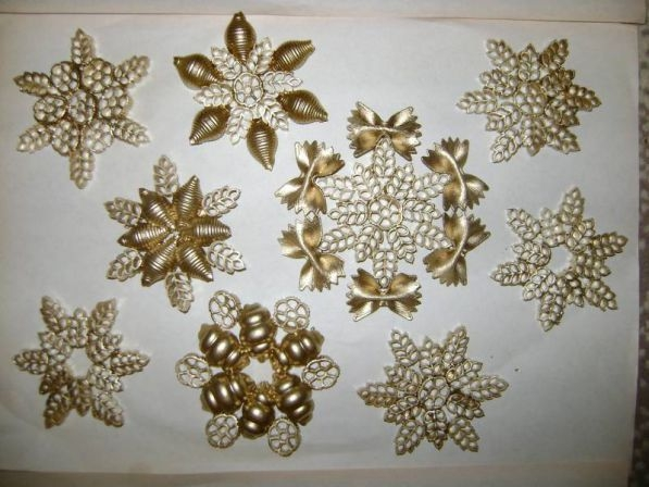 diy pasta snowflakes tree ornaments gold crafts kids