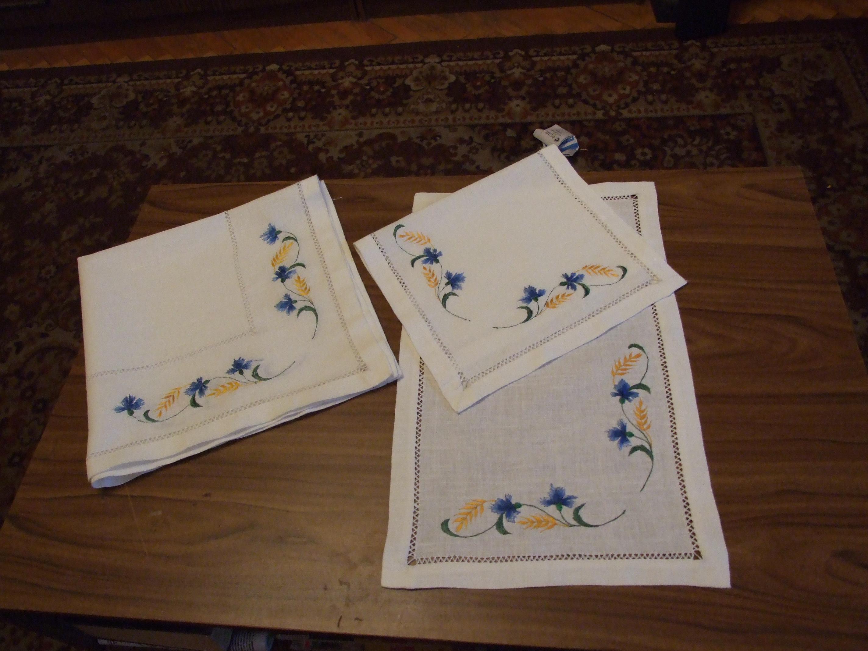 схема вышивки салфетки с васильками